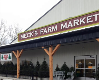 Meck's Farm Market, Christmas Store Front